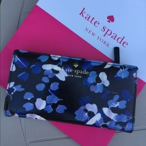 NWT 🦋 Kate Spade Wallet ✨